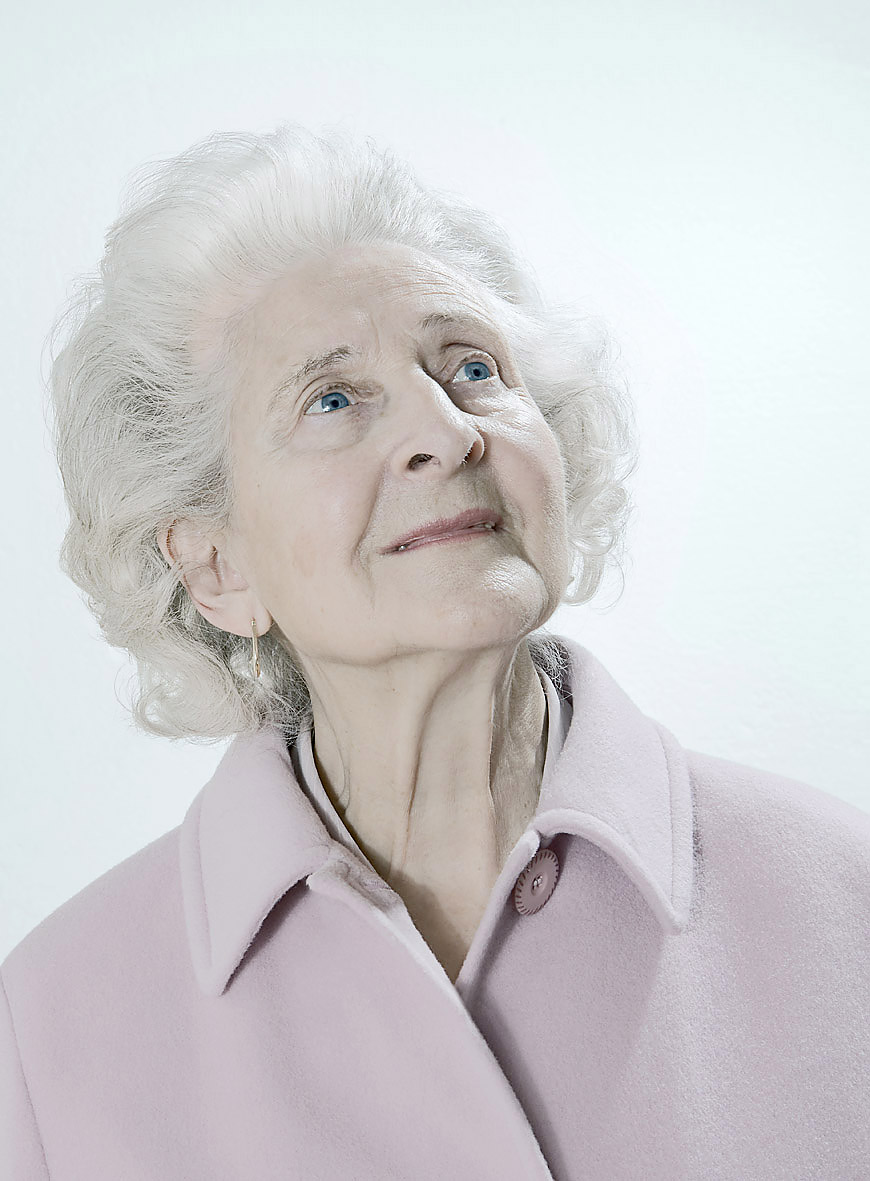 ashley_cameron_portraits_studio_old_woman